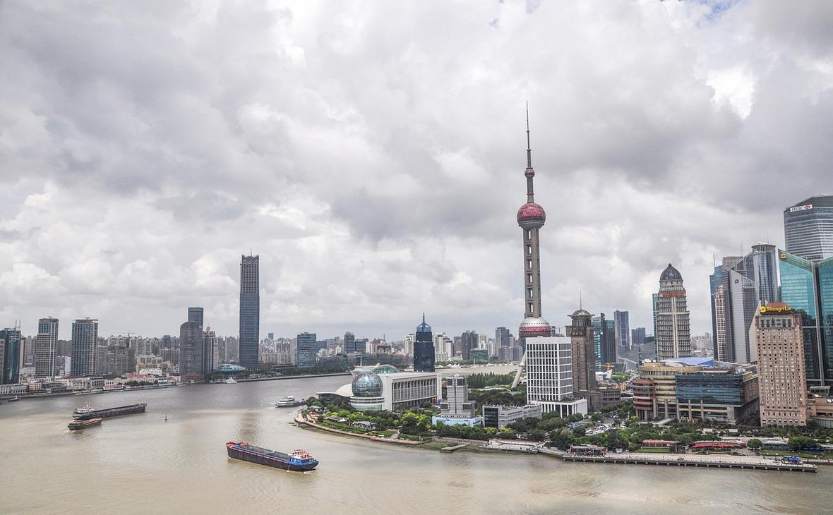 Оживленный китайский фондовый рынок превысил 10 триллионов долларов, несмотря на разгром 2015 года